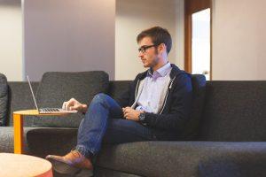freelancer, praca w domu
